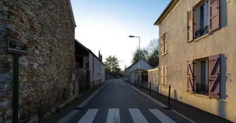 La rue du Bon puits (voirie, éclairage)