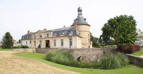 Le Donjon de Sainte-Geneviève-des-Bois